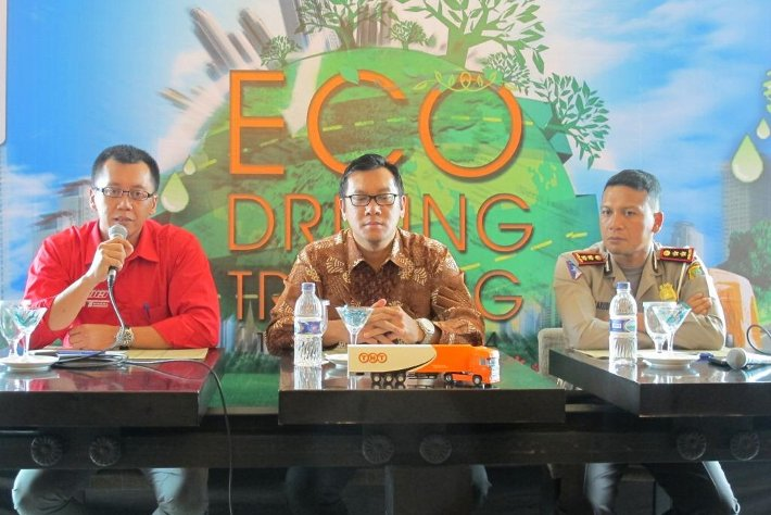 "TNT Gelar Program CSR ""Eco Driving For Smart Driver"""